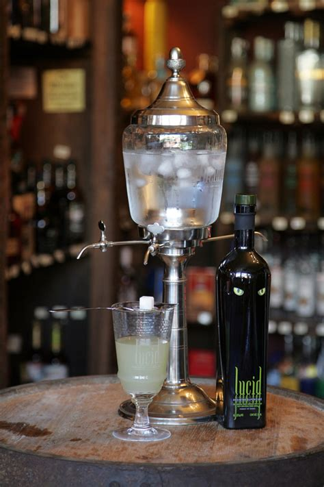 Absinthe Apparatus - Article - FineCooking